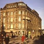 Maison De Bonneterie, ca.1980. (Foto: Dienst voor de Stadsontwikkeling. Collectie Haags Gemeentearchief)