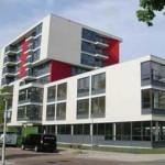 Het Mr. L.E. Visserhuis, Joods woonzorgcentrum in het Benoordenhout, aan de Theo Mann-Bouwmeesterlaan