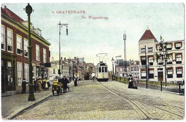 Hotel Kiek op de hoek van het Wagenplein en de Bierkade, omstreeks 1910 - fotocollectie Robert Kiek