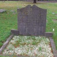 Graf van Levi Lassen op de Joodse begraafplaats aan de Scheveningseweg - foto november 2015