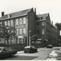 Voormalig Joodsch Lyceum Fischerstraat in 1987 - Fotocollectie Haags Gemeentearchief