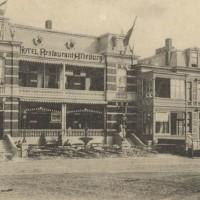 Hotel Alteburg an het Gevers Deijnootplein. Hier troffen Antwerpse diamanthandelaren elkaar - collectie Haags Gemeentearchief