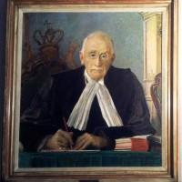Portret van mr.dr. L.E. Visser in de tuinzaal van de Hoge Raad - foto Ruben Vis