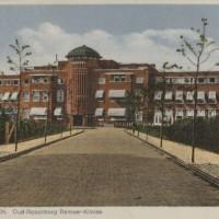 Oude Haagweg Loosduinen, kliniek Oud Rozenburg voor krankzinnigen en de Ramaerkliniek voor geestes- en zenuwzieken, ca. 1930 - collectie Haags Gemeentearchief