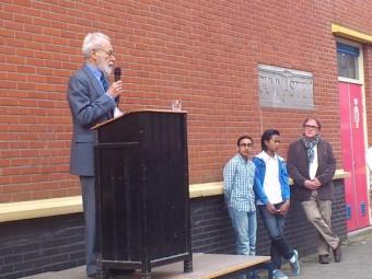 Rolf Nihom voerde op 2 april 2014 het woord bij de onthulling van de herdenkingsplaquette voor de leerlingen en docenten van het Joodsch Lyceum Fisherstraat