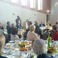 Presentatie-van-rabbijn-Shmuel-Katzman-200x200[1]
