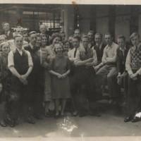 Joodse medewerkers bij Gazan in Den Haag, omstreeks 1935 - foto collectie Haags Gemeentearchief