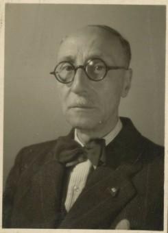 Onder leiding van de NSB-burgemeester mr.dr. H. Westra kocht de gemeente Den Haag in de oorlogsjaren actief Joodse eigendommen aan - fotocollectie Haags Gemeentearchief